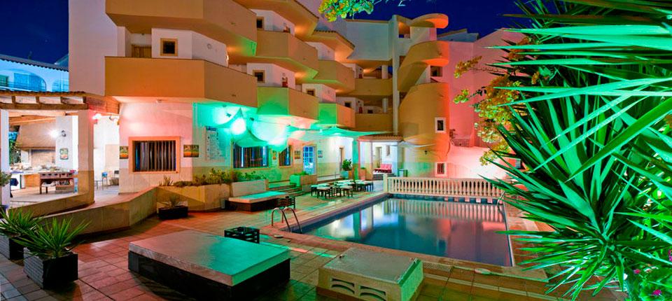 http://www.apartamentosbonsol-ibiza.com/wp-content/uploads/2016/10/slide-bonsol-squash.jpg